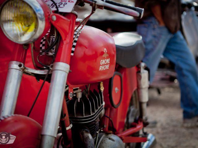 Roquefort voitures et motos anciennes